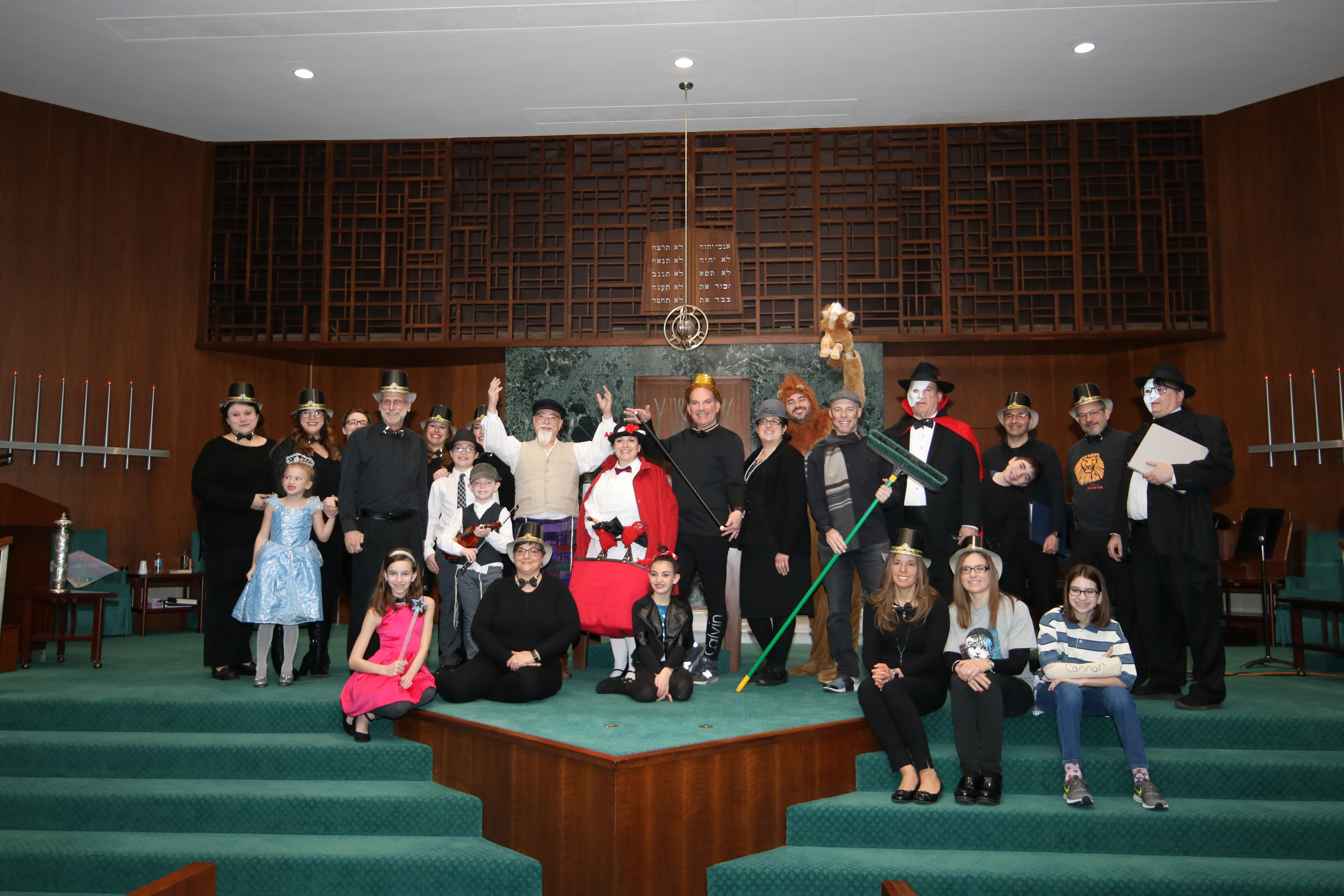 Cast from Broadway Purim on March 17, 2019